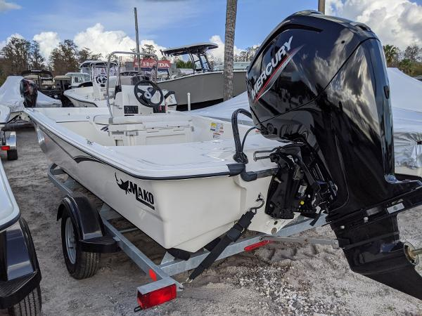 2020 Mako boat for sale, model of the boat is 17 Pro Skiff & Image # 4 of 27
