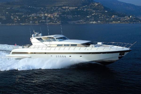 Used Mangusta Yachts For Sale Hmy Yacht Sales