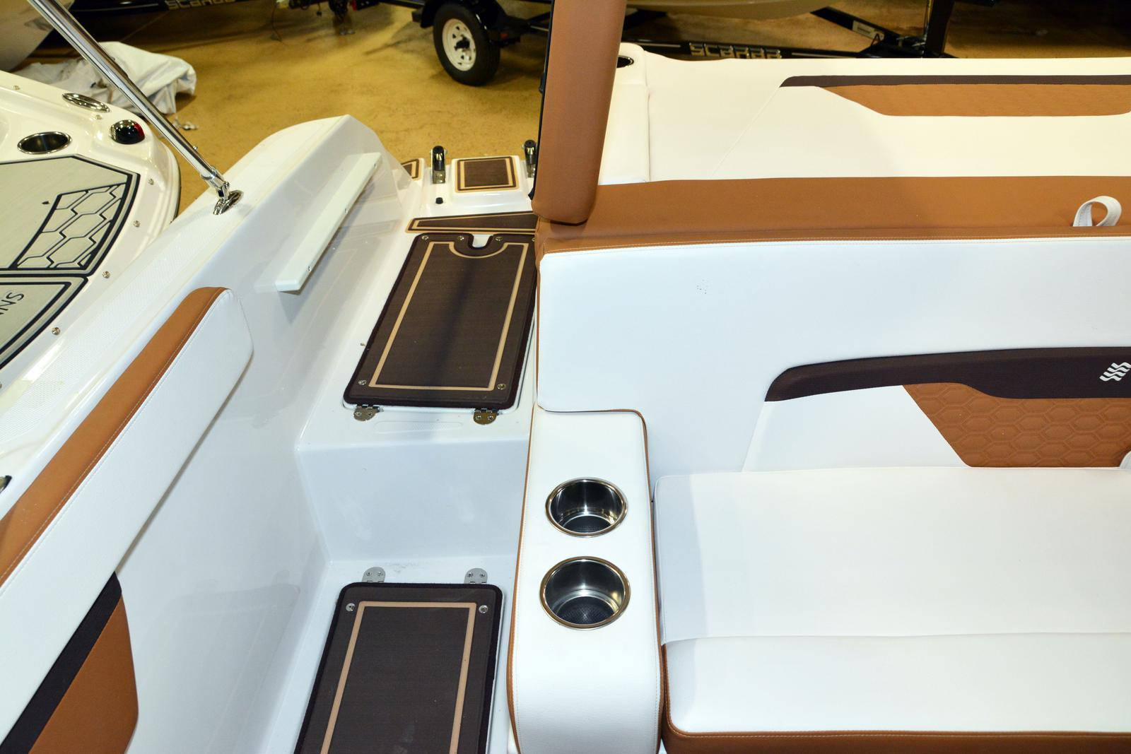 2019 Four Winns boat for sale, model of the boat is HD 180 & Image # 10 of 22