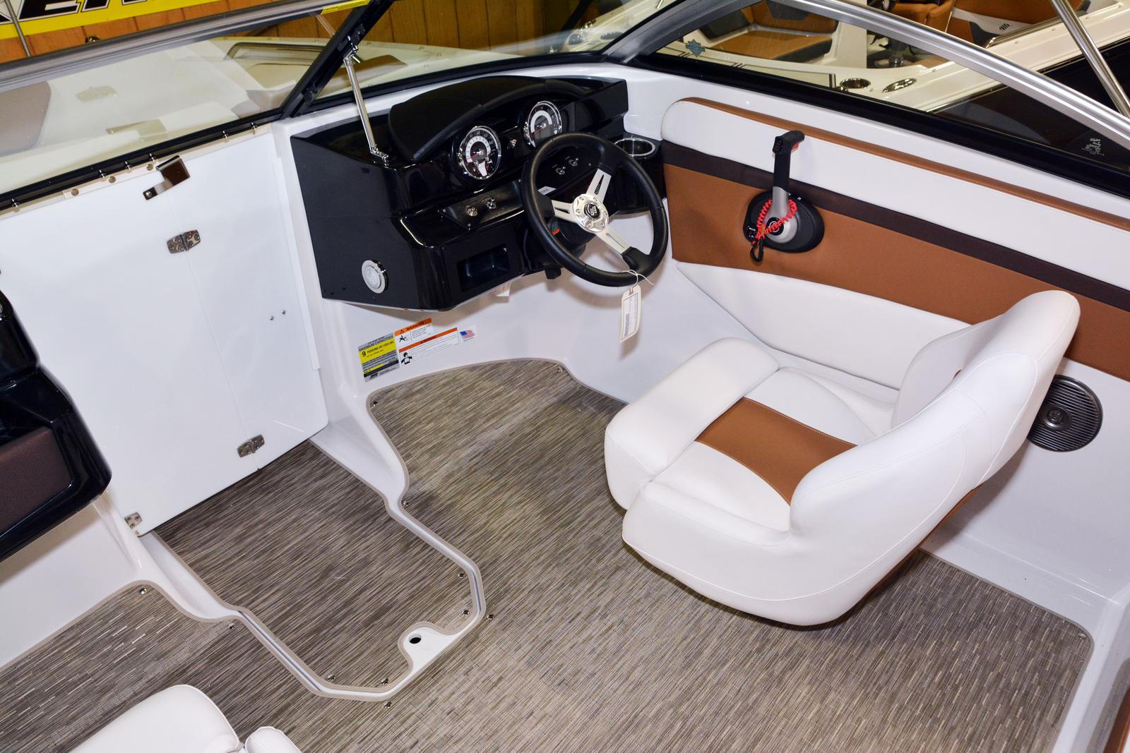 2019 Four Winns boat for sale, model of the boat is HD 180 & Image # 14 of 22