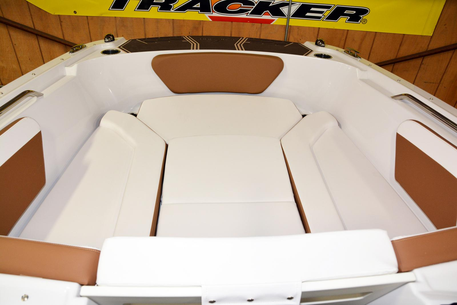 2019 Four Winns boat for sale, model of the boat is HD 180 & Image # 5 of 22