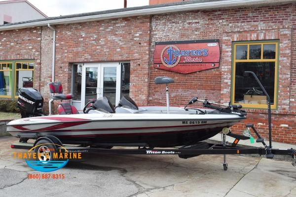 2012 Triton boat for sale, model of the boat is 18XS & Image # 1 of 46