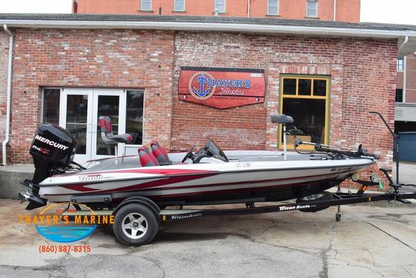 2012 Triton boat for sale, model of the boat is 18XS & Image # 6 of 46