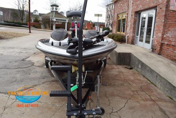 2012 Triton boat for sale, model of the boat is 18XS & Image # 37 of 46