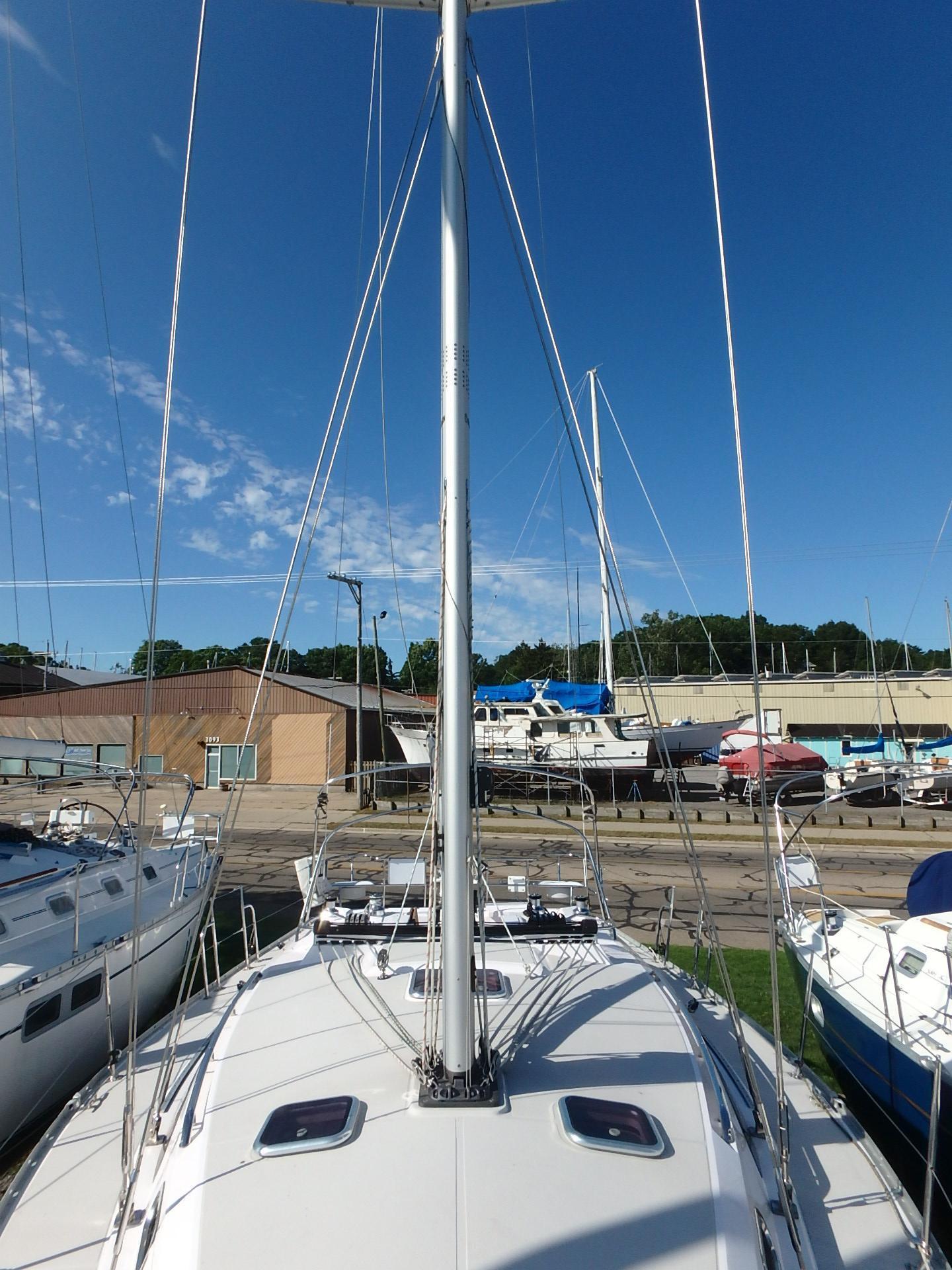 38 Catalina Cantina 2015 Muskegon | Denison Yacht Sales