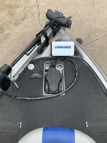 2014 Skeeter boat for sale, model of the boat is FX 20 & Image # 3 of 8