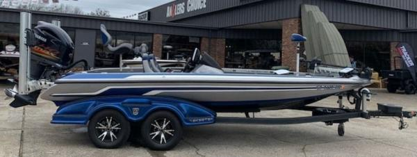 2014 Skeeter boat for sale, model of the boat is FX 20 & Image # 1 of 8