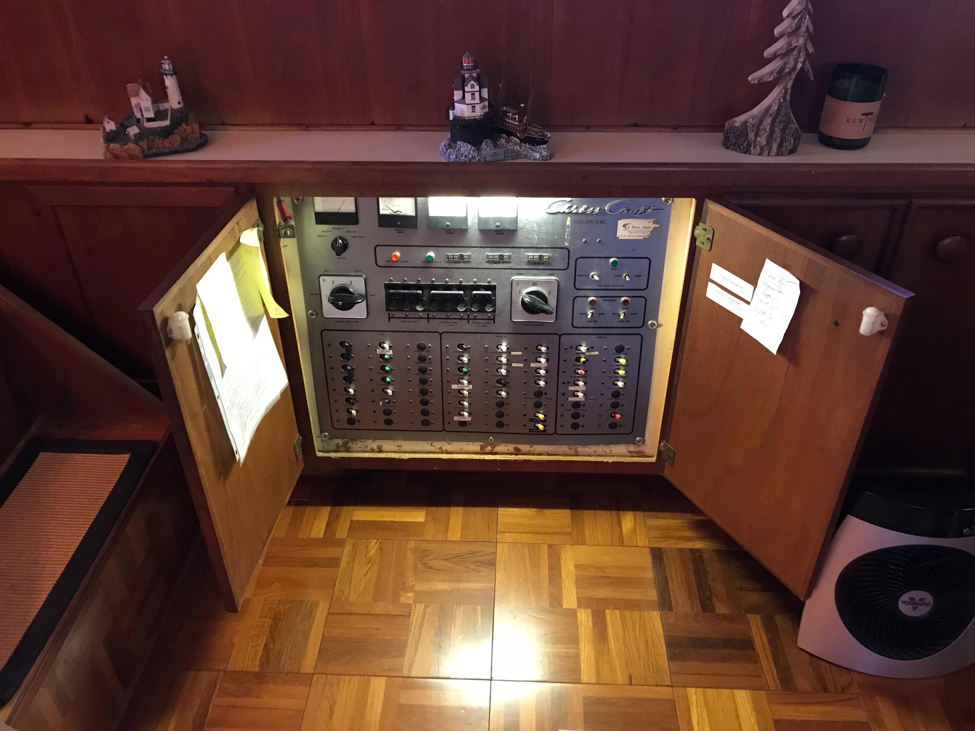 Chris-craft 46 Constellation - Power Panel in lower salon