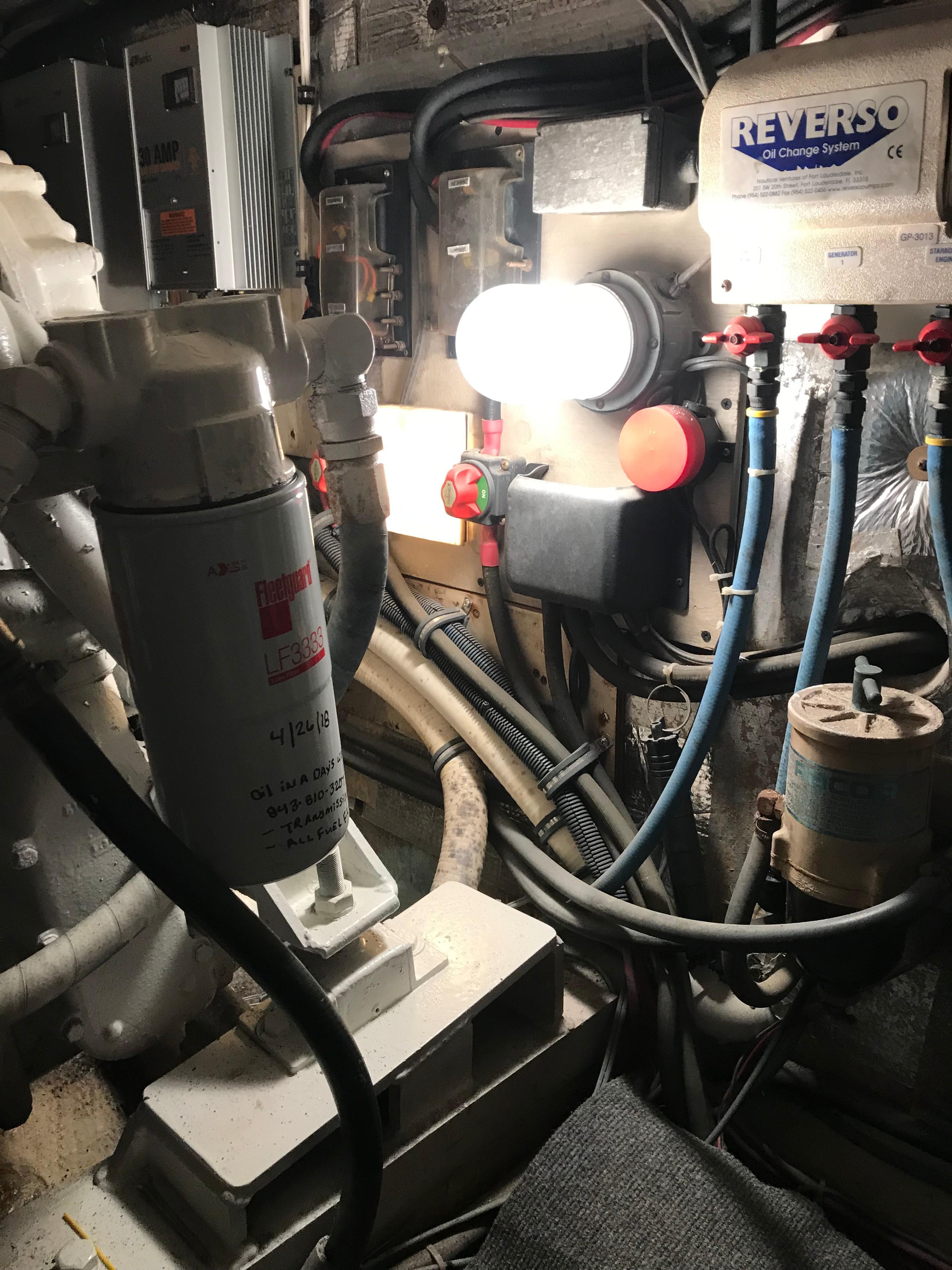 Chris-craft 46 Constellation - Oil Changer pump