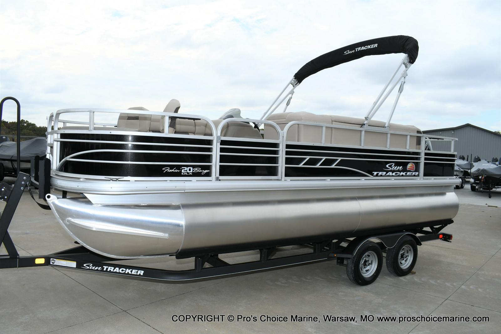 2020 Sun Tracker boat for sale, model of the boat is Fishin' Barge 20 DLX & Image # 14 of 50