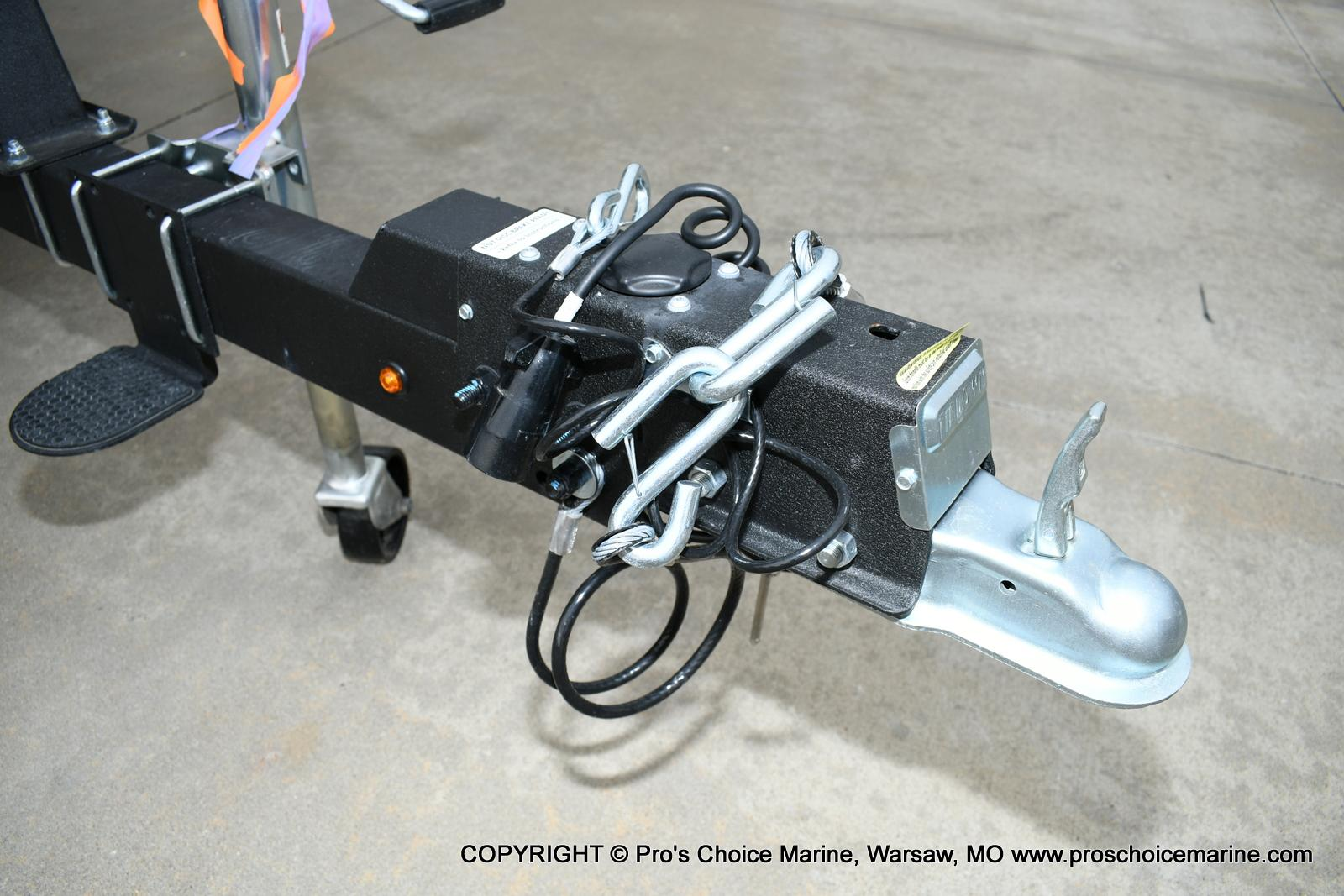 2020 Sun Tracker boat for sale, model of the boat is Fishin' Barge 20 DLX & Image # 20 of 50
