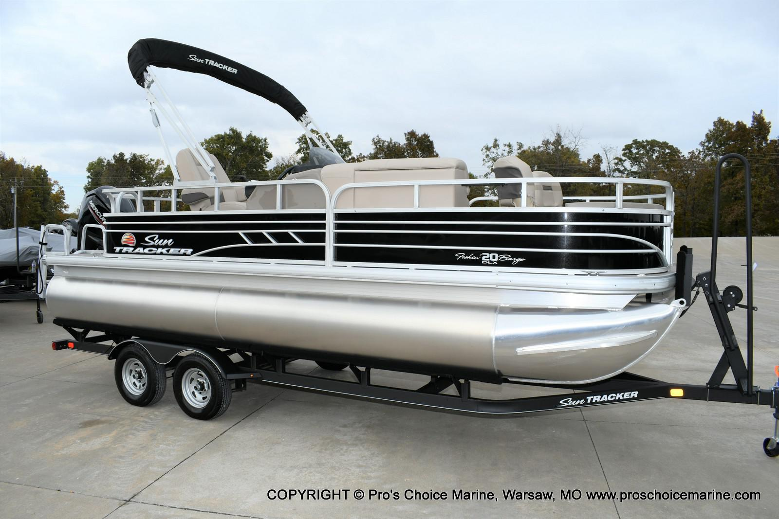 2020 Sun Tracker boat for sale, model of the boat is Fishin' Barge 20 DLX & Image # 37 of 50