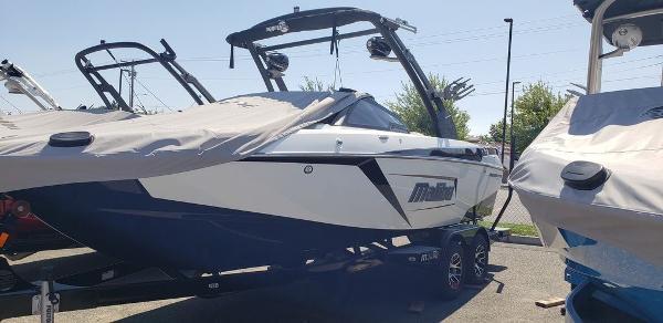 2020 MALIBU 23 LSV for sale