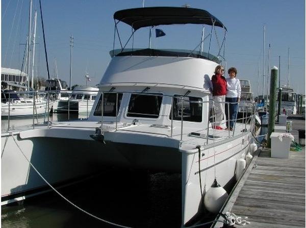 34' PDQ 2005 34 Power Catamaran