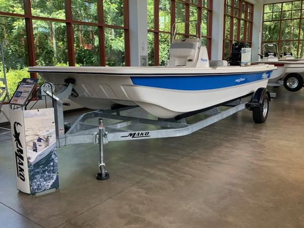 2020 Mako boat for sale, model of the boat is Pro Skiff 19 CC & Image # 1 of 53