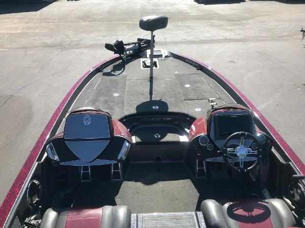 2013 Ranger Boats boat for sale, model of the boat is Z520 Comanche & Image # 5 of 8