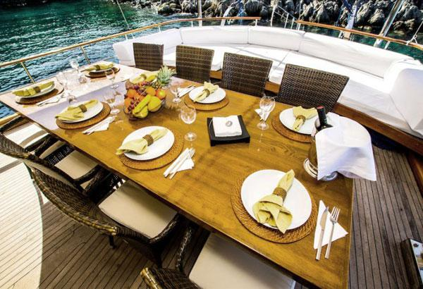 Dining Table For 10 And Sunbeds