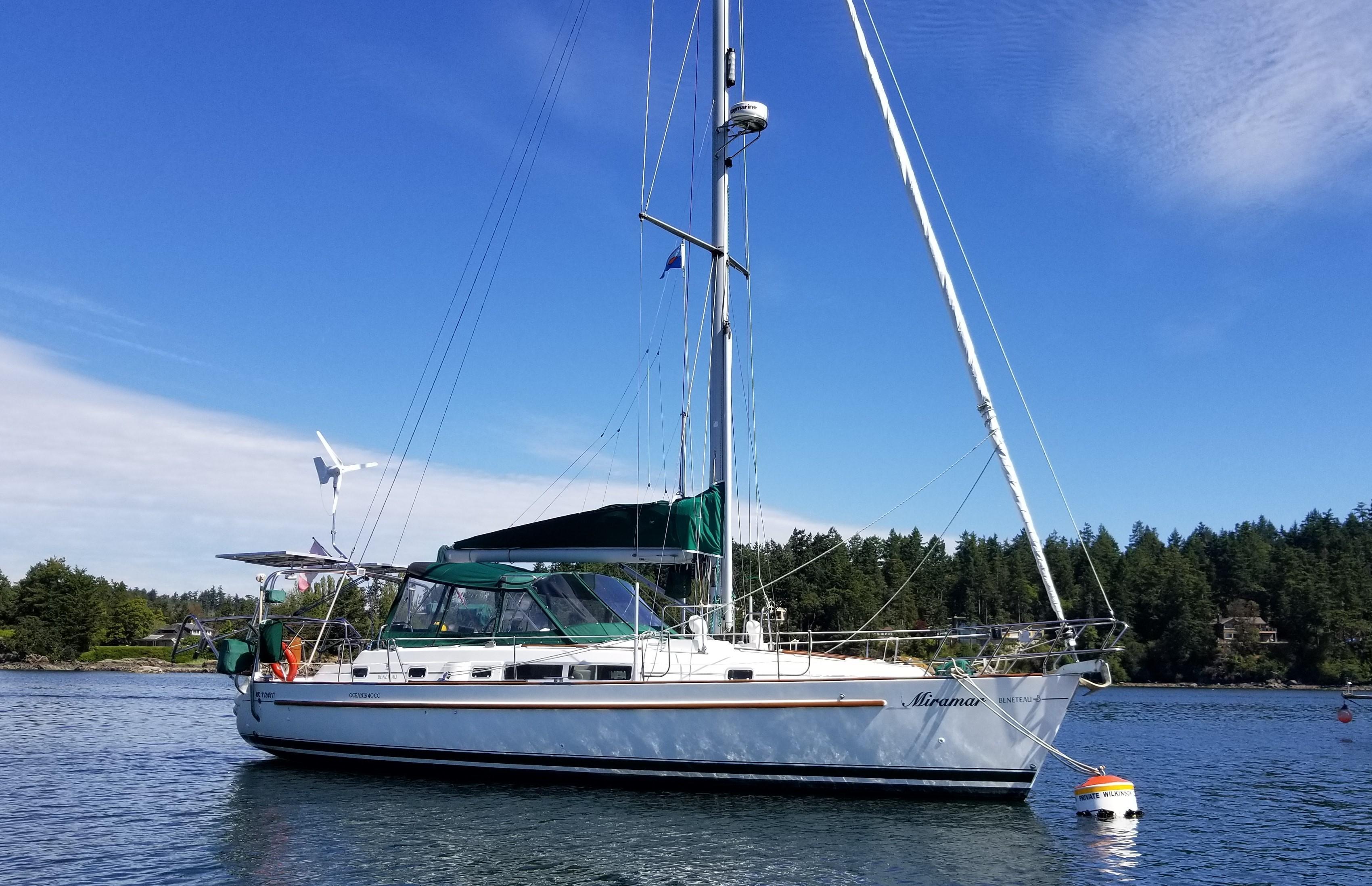 40 Beneteau Miramar 2001 Sidney | Denison Yacht Sales