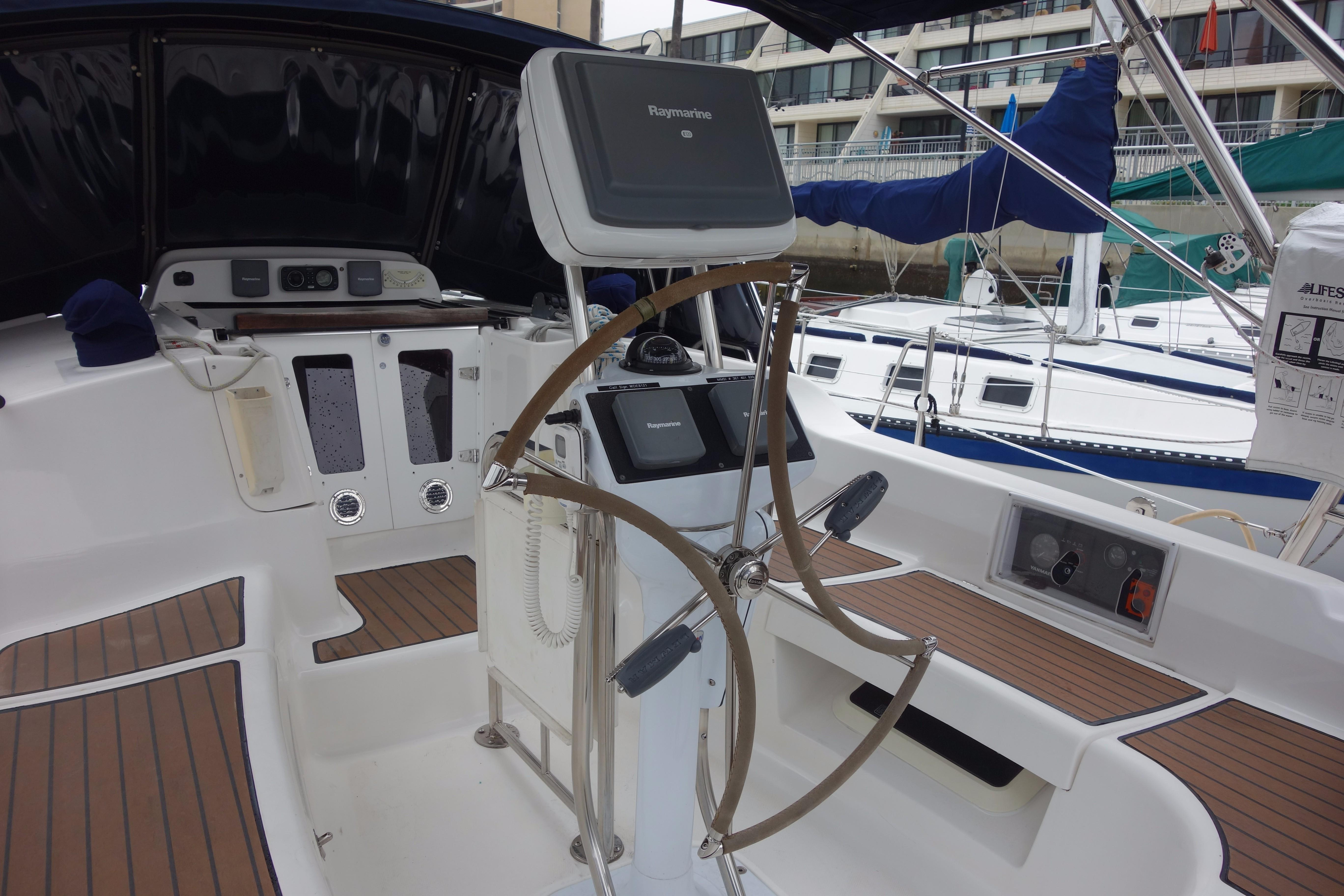 2009 Hunter 38 - Yacht Sales and Services
