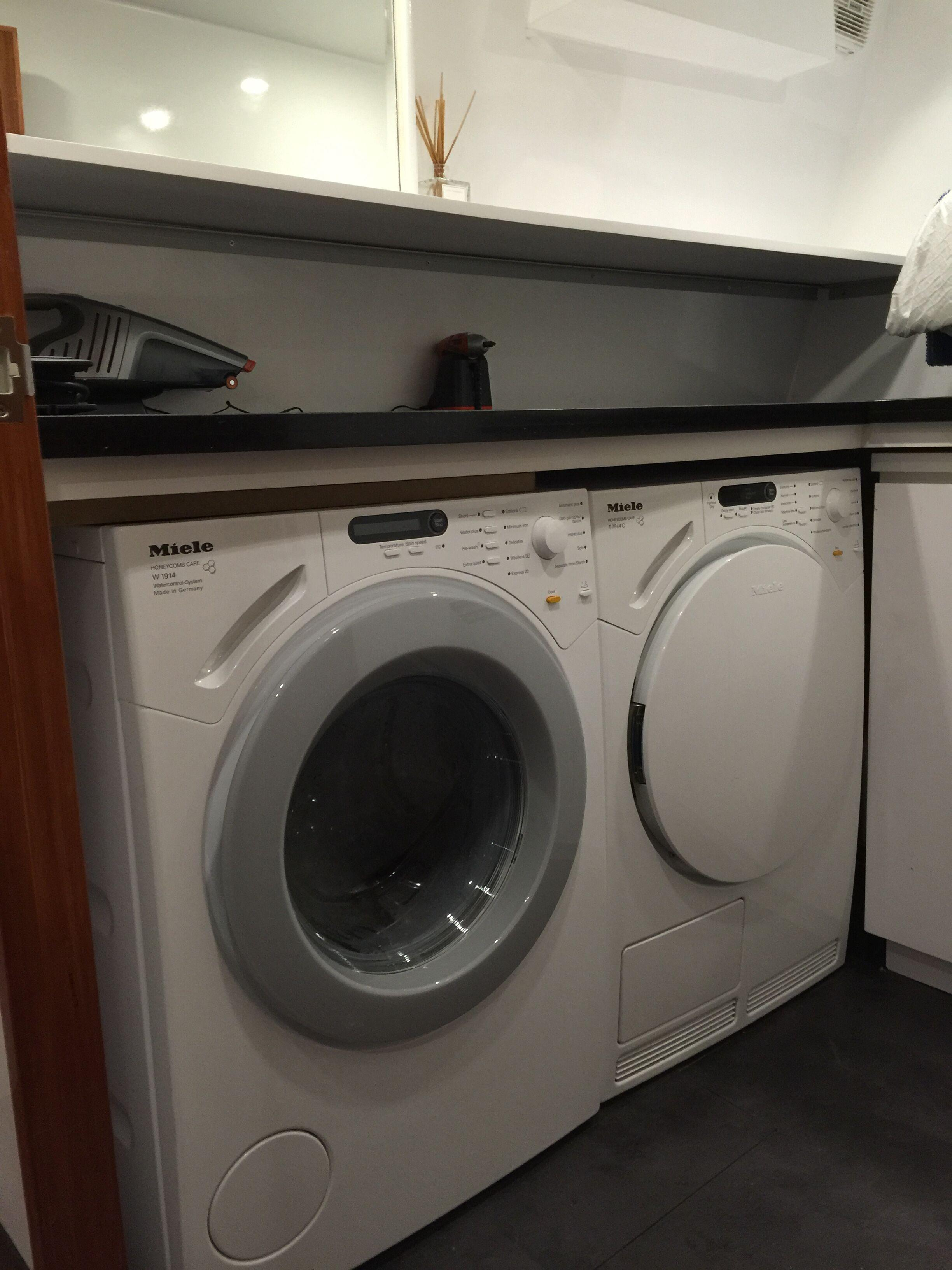 New Build 82 Washer/dryer