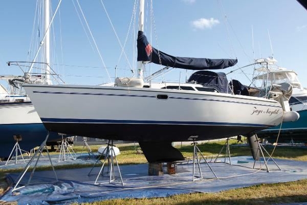 32' Catalina 2002 320