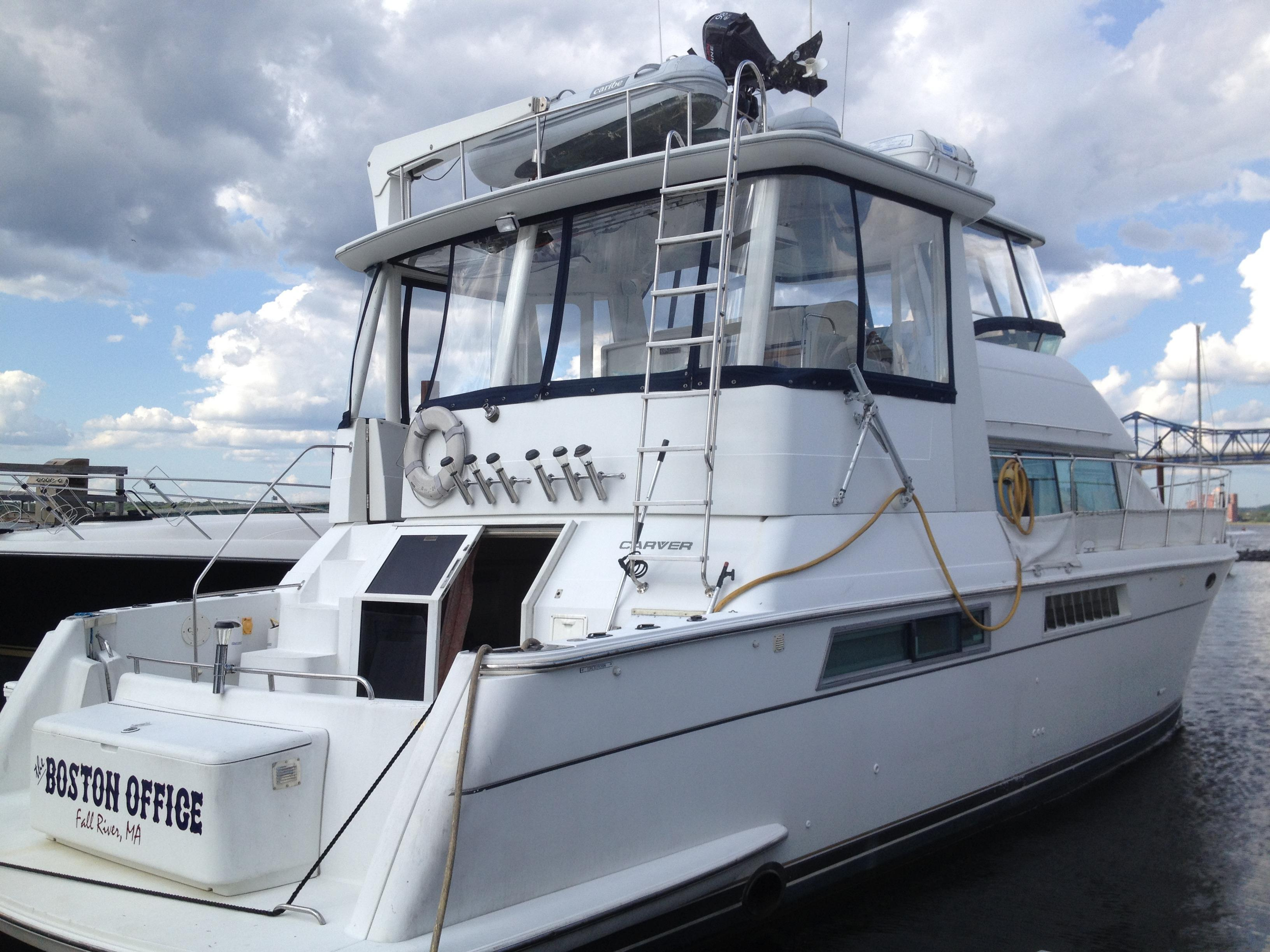 1996 carver 500 cockpit motor yacht for sale for 50 ft motor yachts for sale