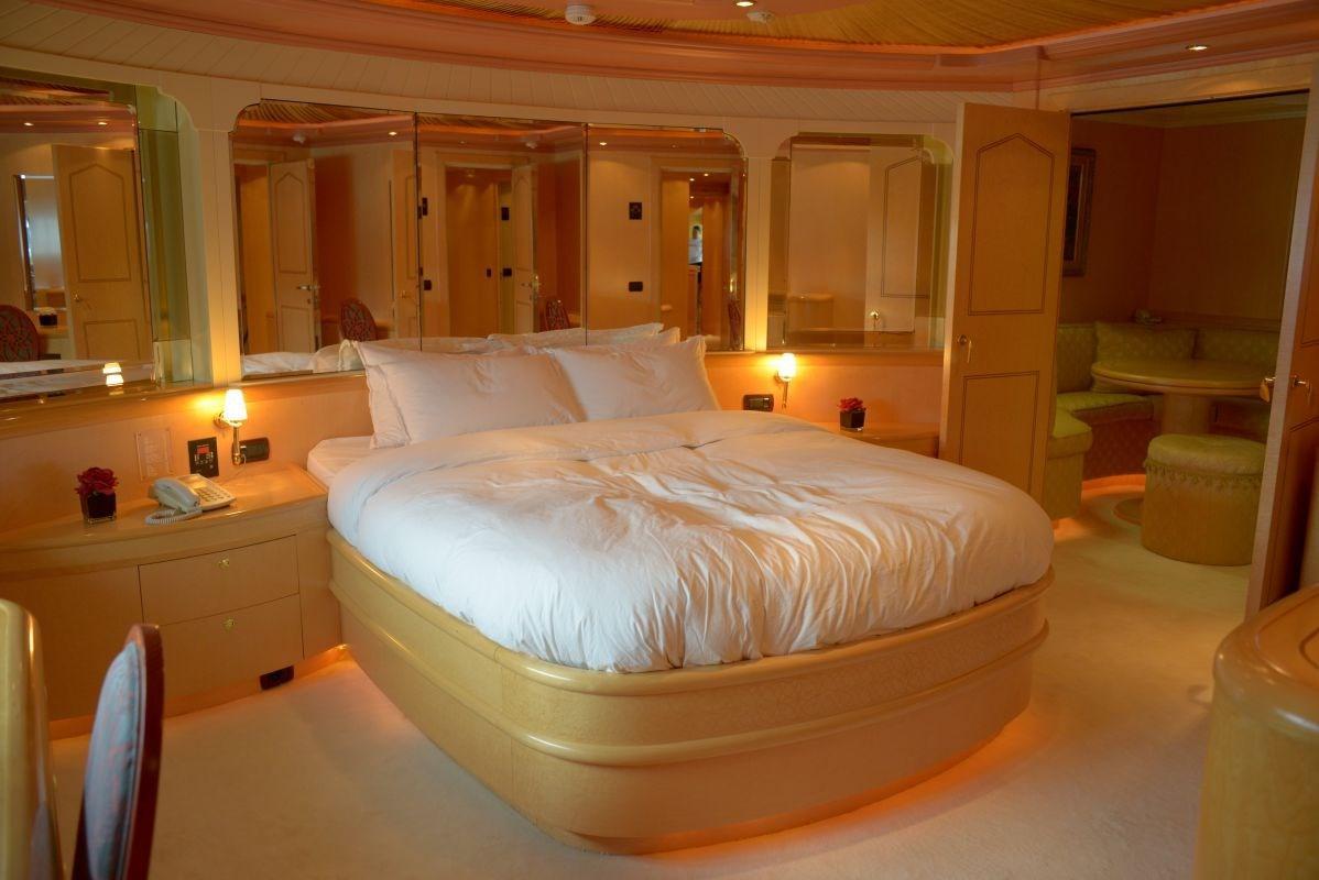 Alfamarine 140 Cabin