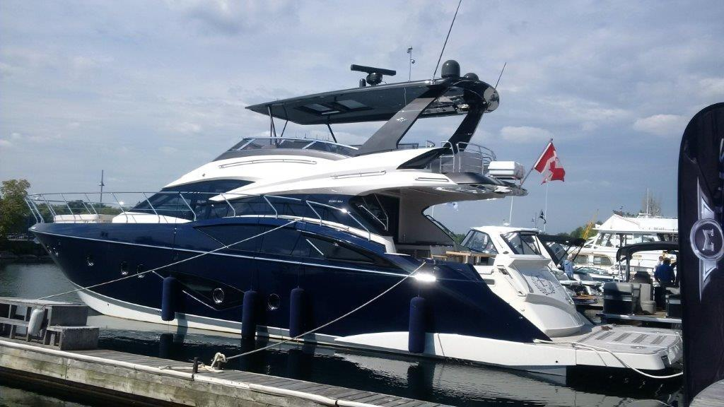 63 ft Marquis 630 Sport Yacht