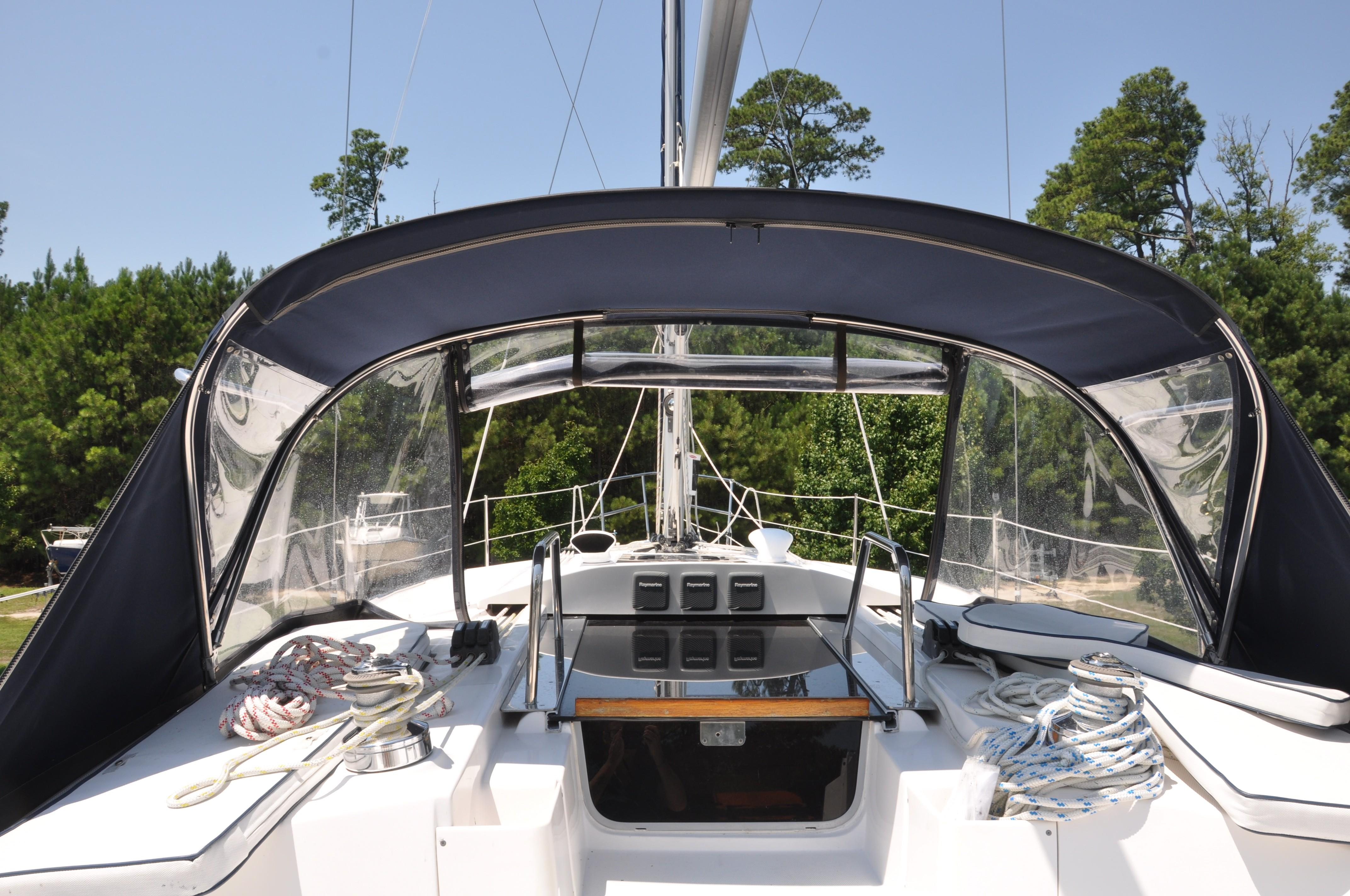 2014 Marlow-Hunter 40 | Sailboats for Sale