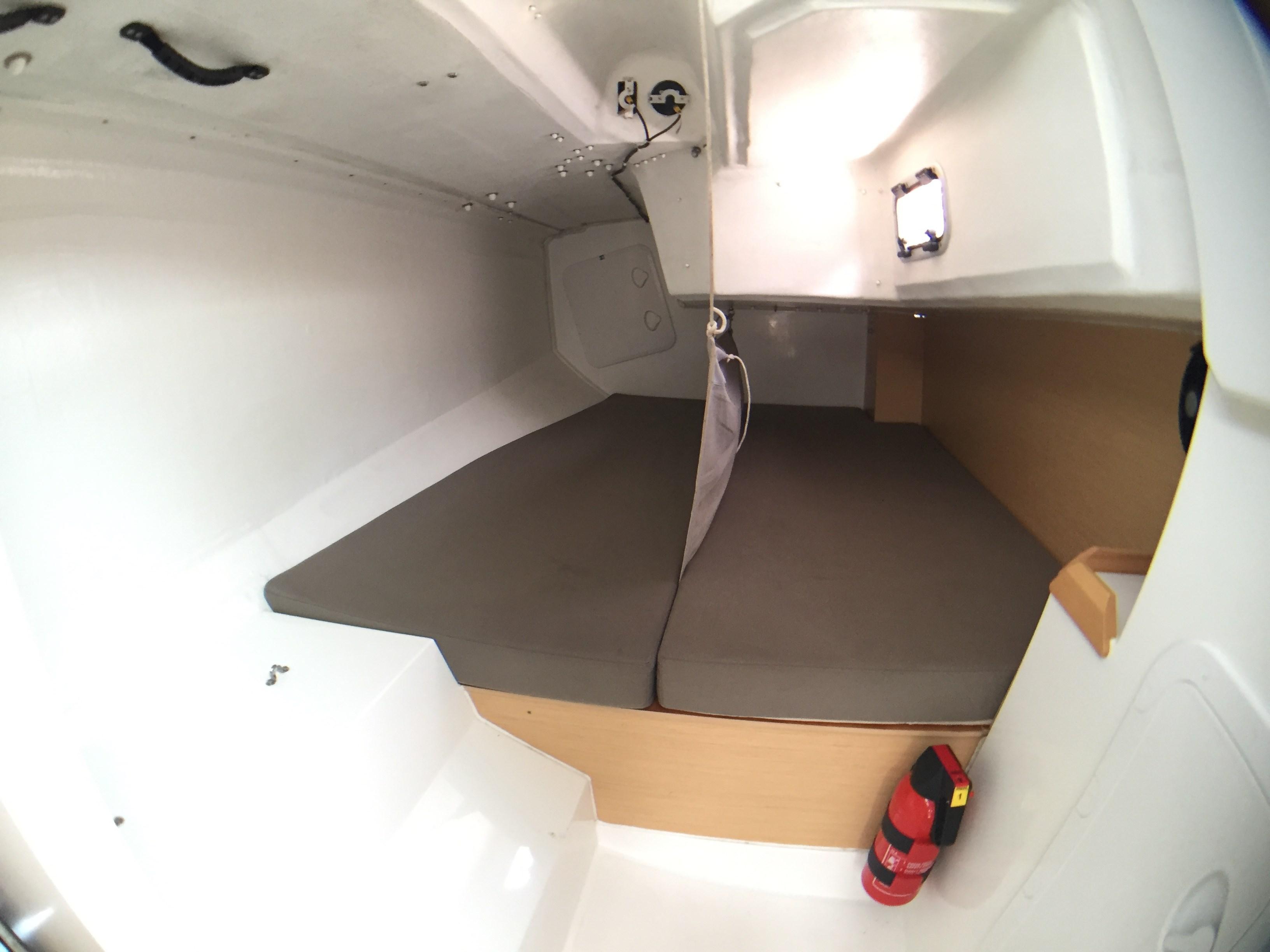 Jeanneau Sun Fast 3600 Cabin