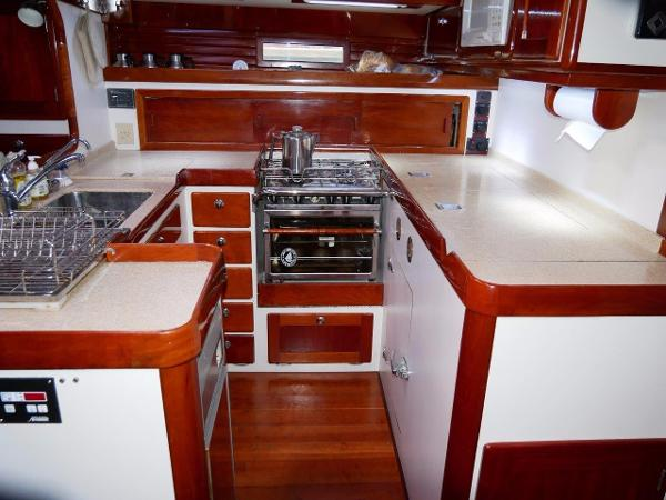 Able Apogee 50 For Sale Broker