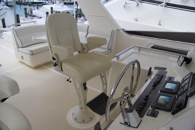 Flybridge Stidd Helm Chairs