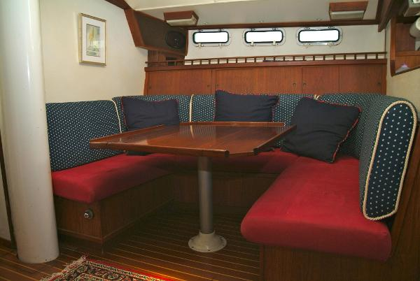 Morgan Out Island 51 Endurance 4122741 For Charter