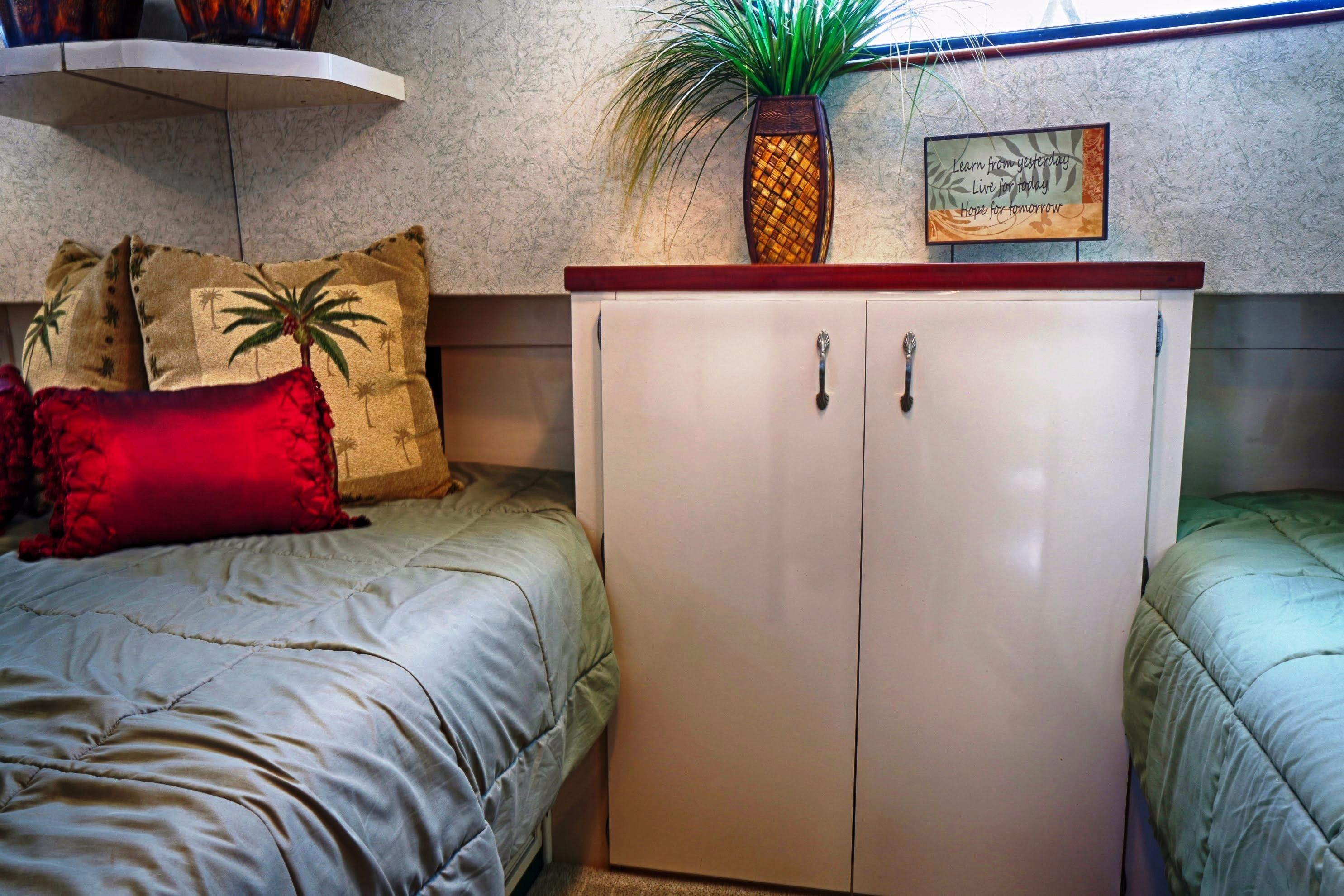 2nd guest's stateroom