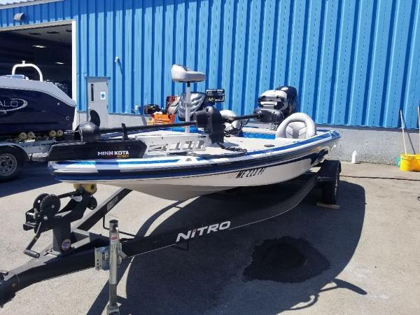 2019 Nitro boat for sale, model of the boat is Z17 & Image # 6 of 10