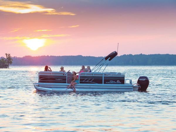 2021 SUN TRACKER PARTY BARGE® 22 RF DLX for sale