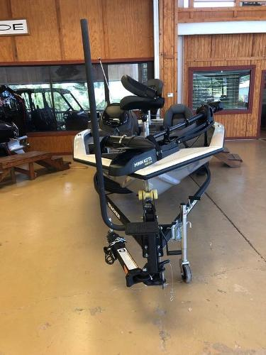 2021 Tracker Boats boat for sale, model of the boat is Pro Team 175 TXW® Tournament Ed. & Image # 11 of 12