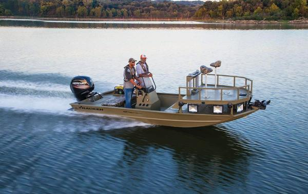 2019 Tracker Boats boat for sale, model of the boat is Grizzly 1860 CC Sportsman & Image # 4 of 94