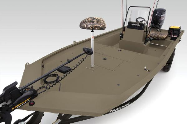 2019 Tracker Boats boat for sale, model of the boat is Grizzly 1860 CC Sportsman & Image # 60 of 94
