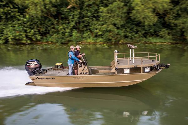 2018 Tracker Boats boat for sale, model of the boat is Grizzly 2072 CC Sportsman & Image # 10 of 72