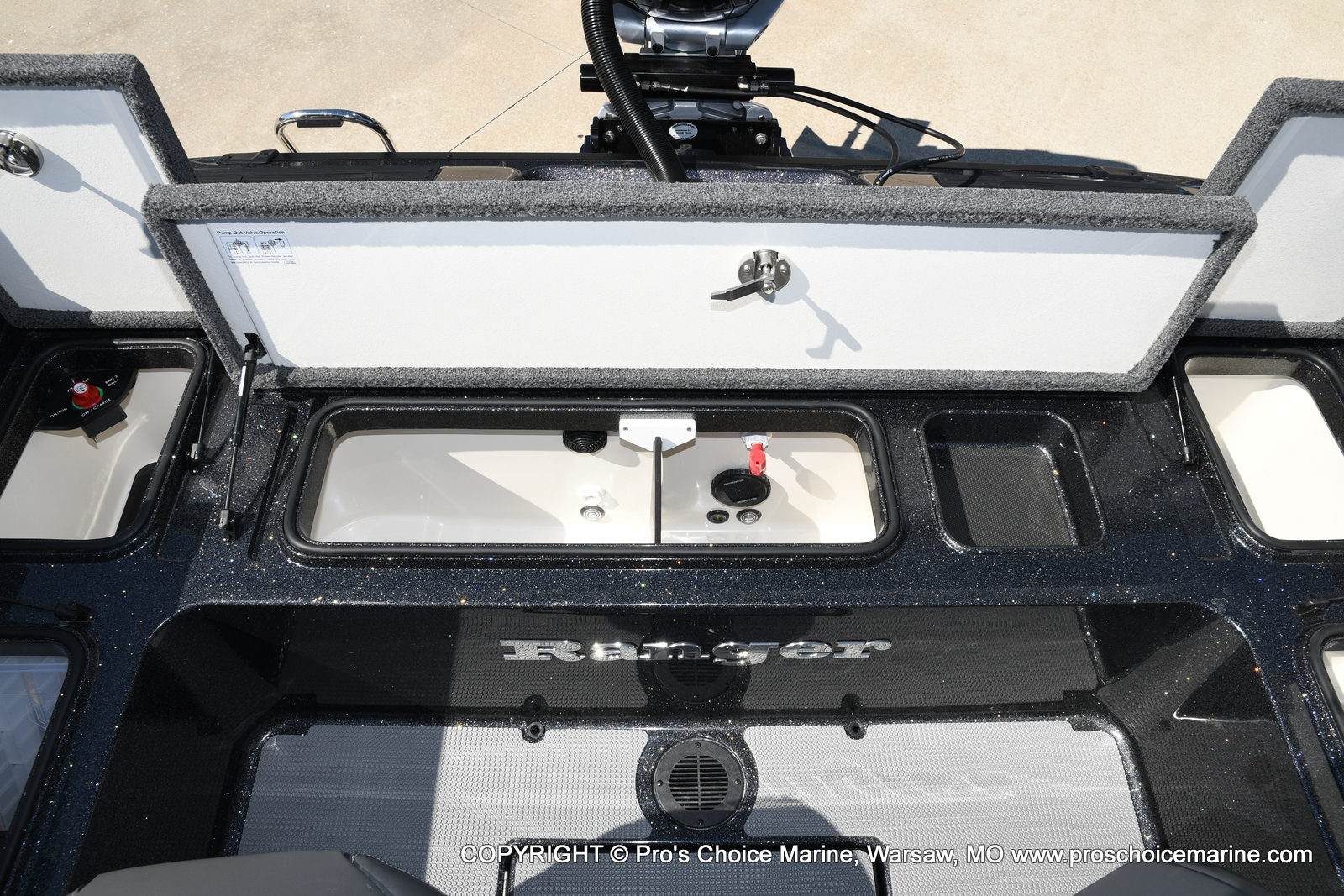 2021 Ranger Boats boat for sale, model of the boat is 620FS Pro & Image # 33 of 50