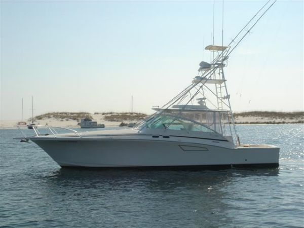 45' Cabo 45 Express - Full Tower