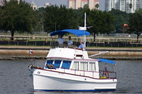32' Grand Banks Sedan Trawler