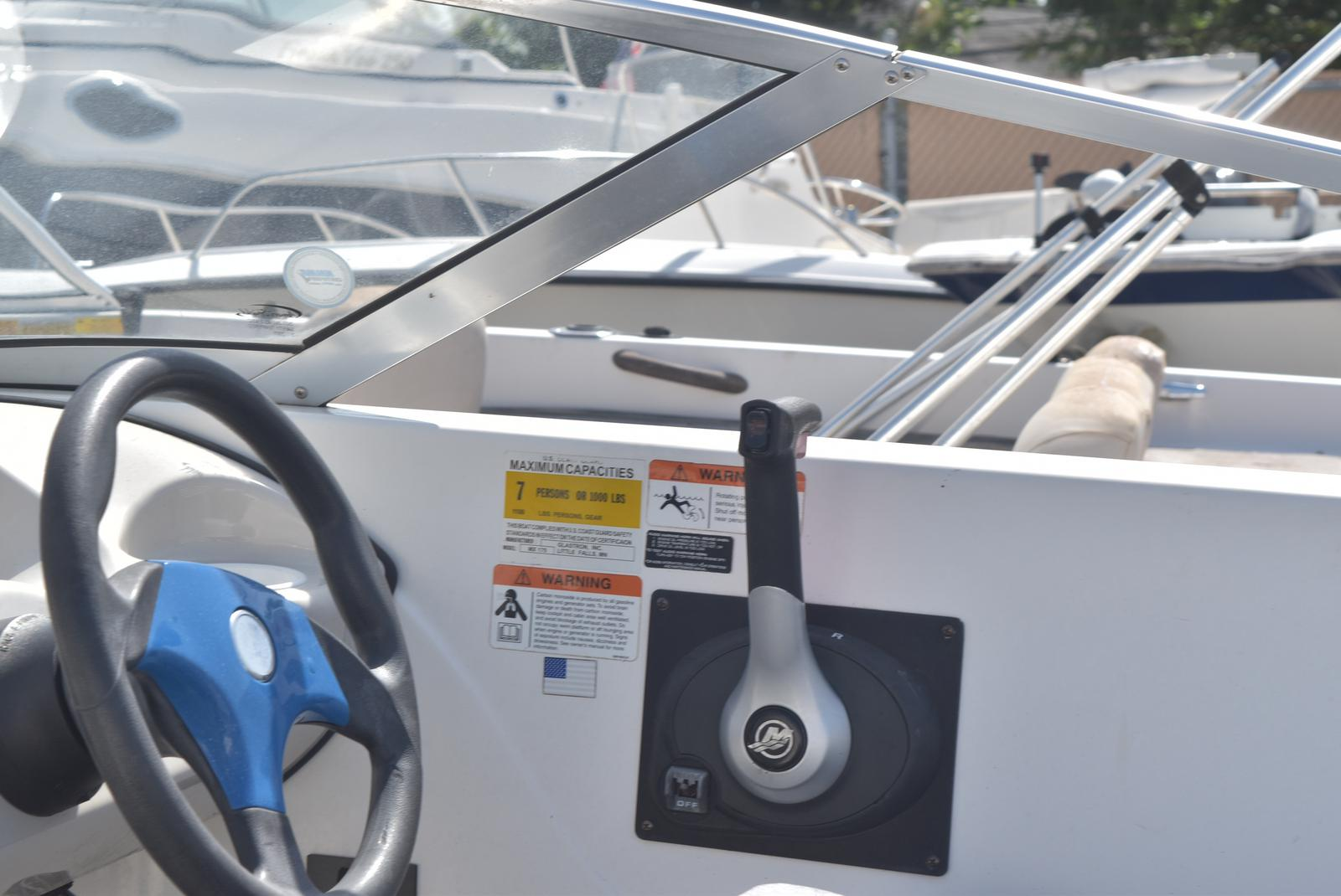 2006 Glastron boat for sale, model of the boat is MX 175 & Image # 13 of 21
