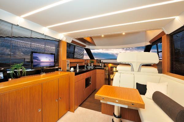 Bavaria Virtess 420 Fly BoatsalesListing Connecticut