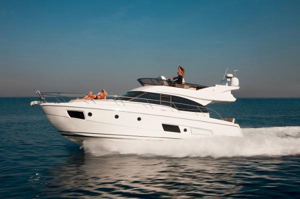 Bavaria Virtess 420 Fly BoatsalesListing Buy