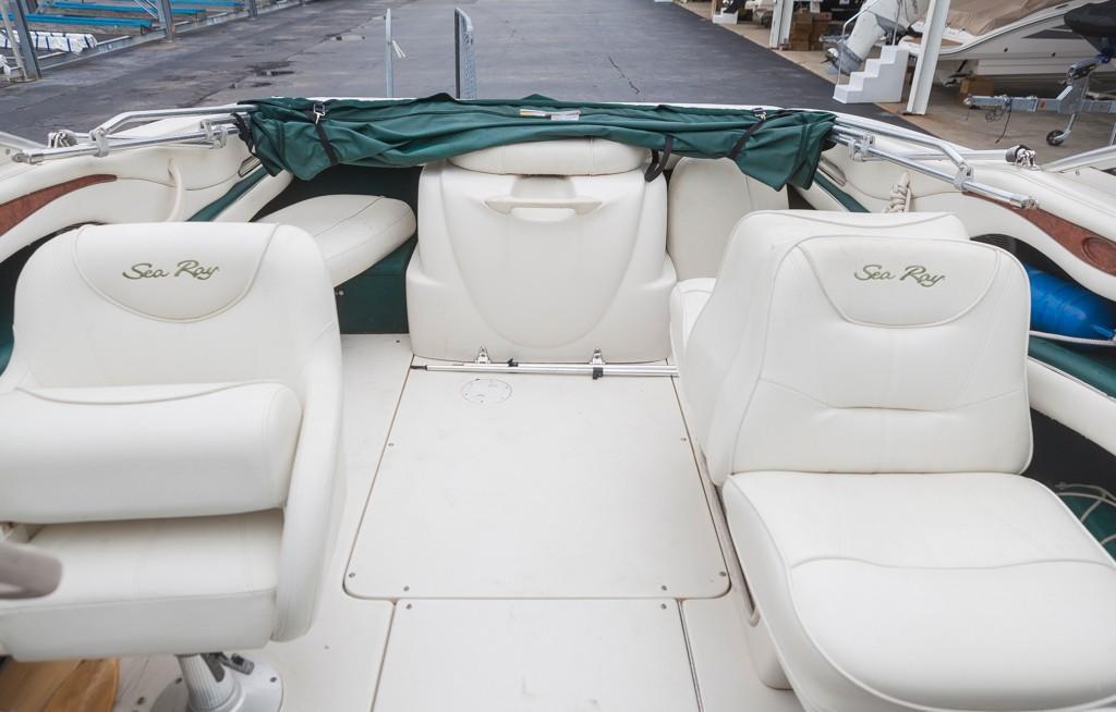 Sea Ray210 Bow Rider