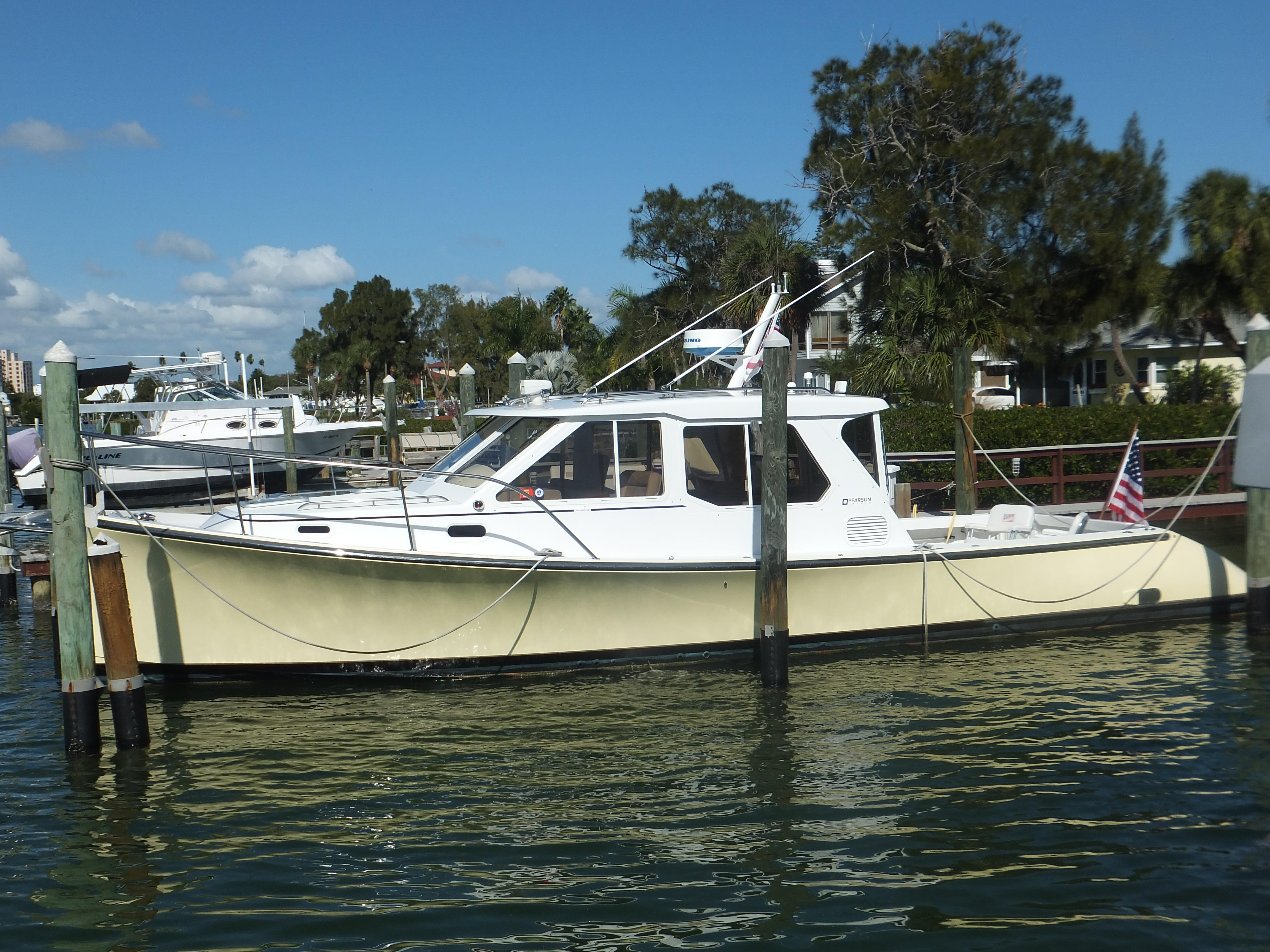 38' True North 2002 38 Explorer