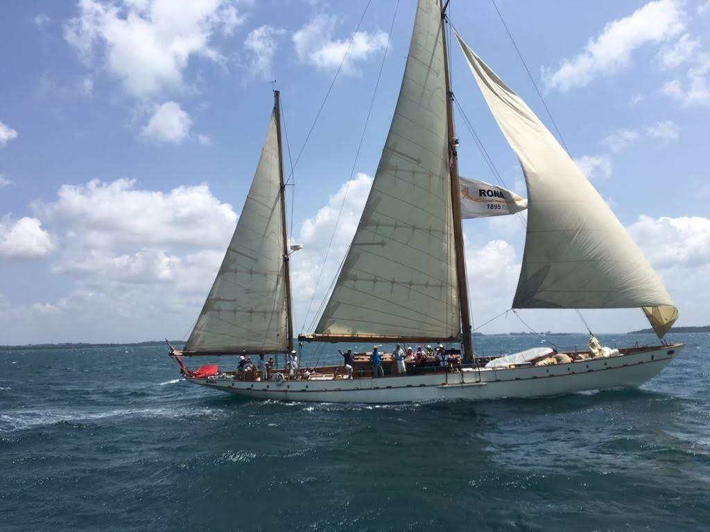 Stow and Sons Classic Yacht-1