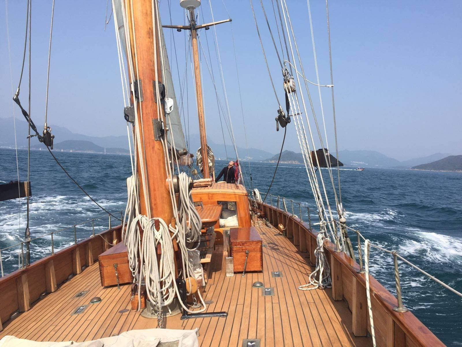 Stow and Sons Classic Yacht-9